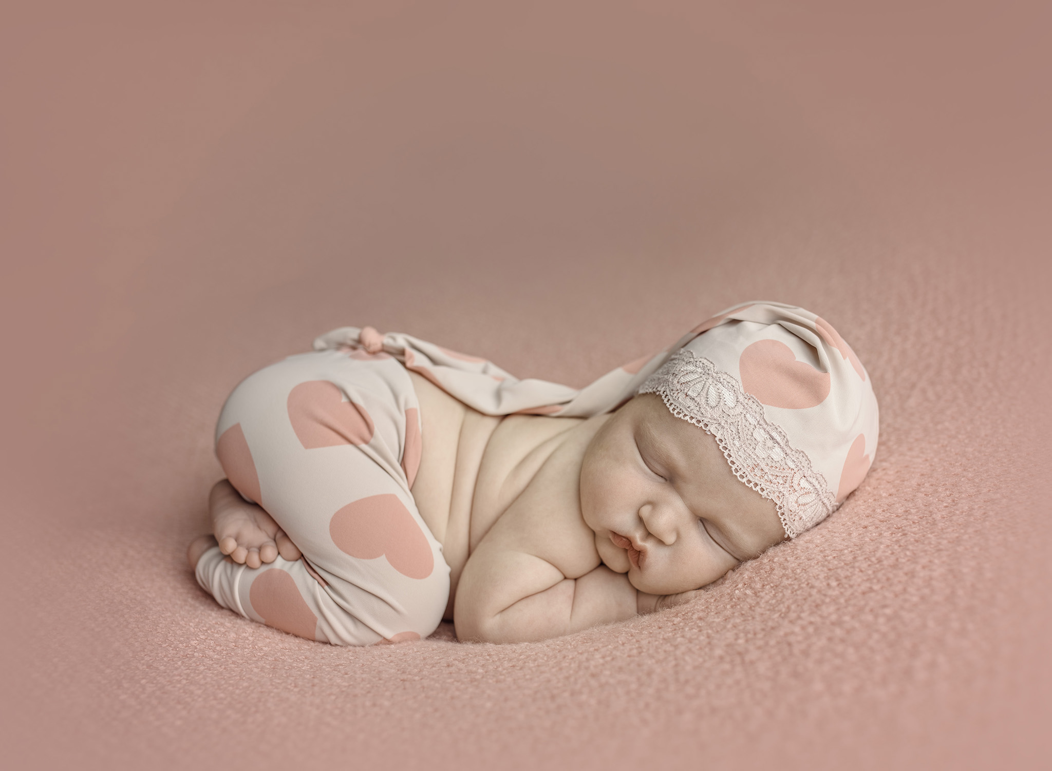 Maternity photography international newborn photography association